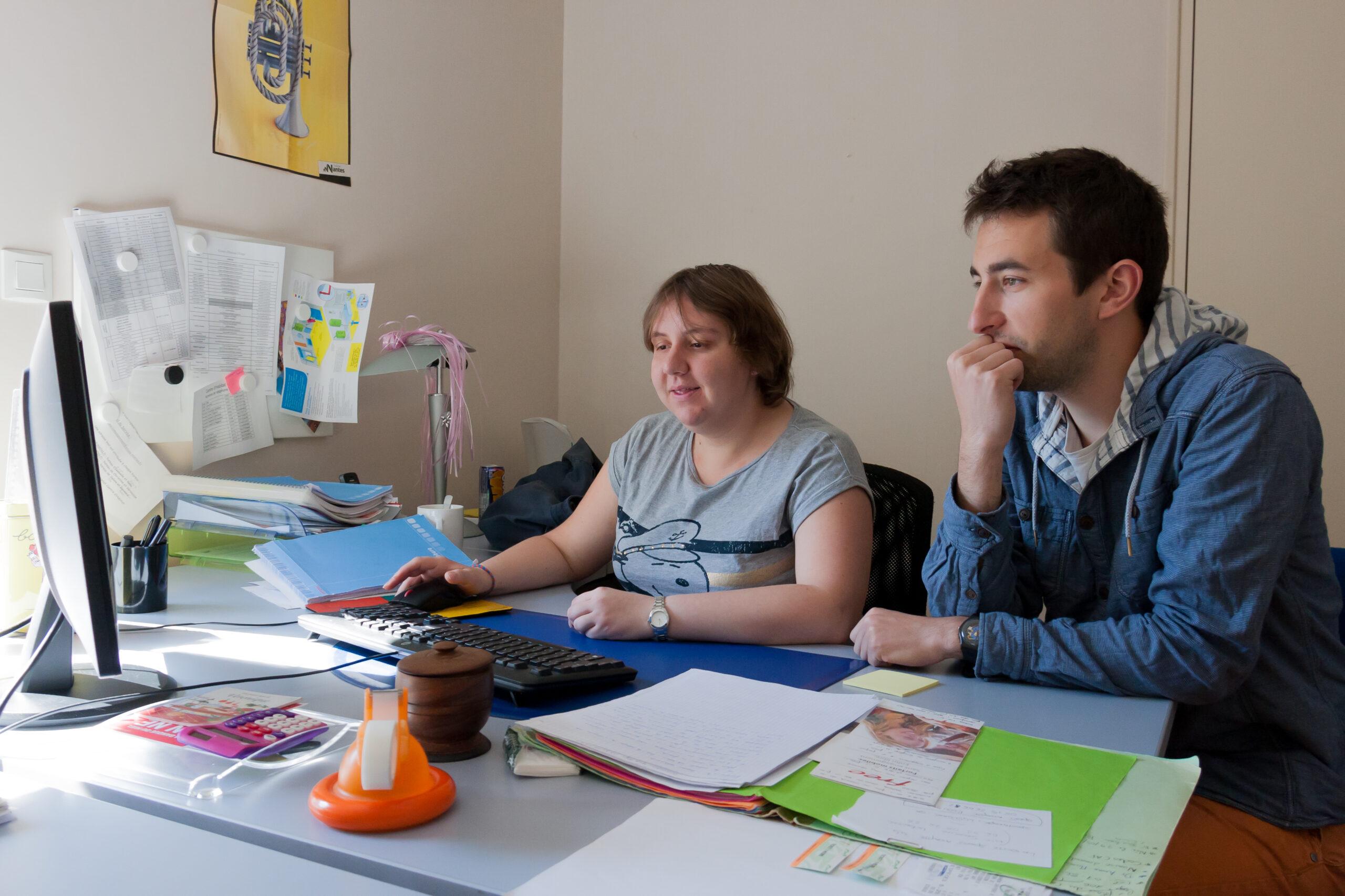 Aide et accompagnement à domicile personnes handicapées